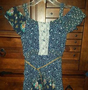 Peek a boo hankerchief dress with belt
